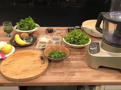 Σαλάτα από φινόκιο με αρωματικά και κουτρούβι
